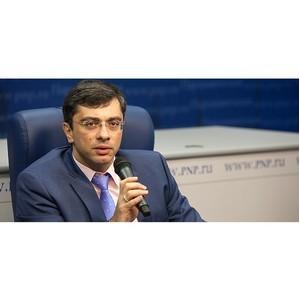 Владимир Гутенев за введение моратория на взыскание задолженности в отношении ипотечных заемщиков.