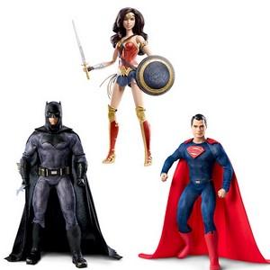Mattel представила куклы из нового фильма «Бэтмен против Супермена:На заре справедливости»