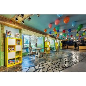 В первом на Алтае пятизвездочном отеле открылся детский клуб с аттракционами