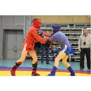 Открытый турнир по самбо прошел в Нижнем Новгороде