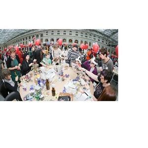 ОМК выступила партнером самой крупной в России благотворительной ярмарки «Душевный Bazar»