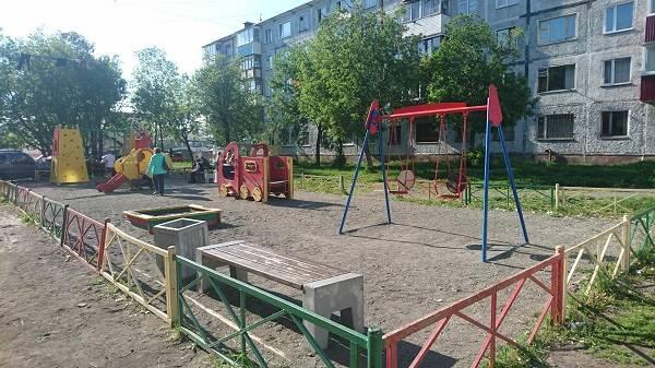 Дедлайн ремонта детских площадок продлит срок их службы и повысит безопасность
