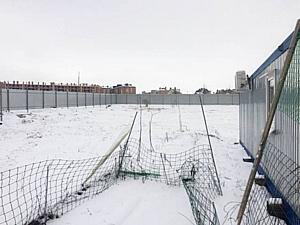 Для строительства ростовского храма Петра и Февронии огорожен участок