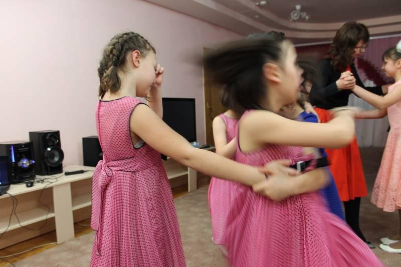 «Молодежка ОНФ» в Мордовии присоединилась к всероссийской акции «Память в танце. Случайный вальс»