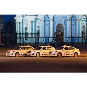 Срочный заказ такси через мобильное приложение «Такси777»