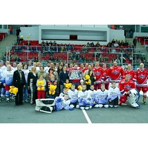 Состоялся благотворительный хоккейный матч Россия-Словакия