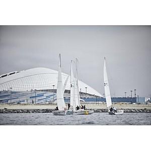 Порт «Имеретинский» примет кубок по детским командным гонкам  на яхтах класса «Оптимист»