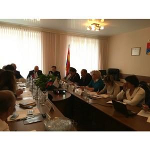 Пермские эксперты ОНФ обсудили социальные проблемы жителей Красновишерска