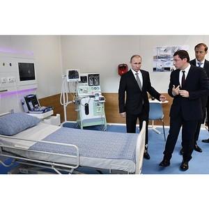 Владимир Путин ознакомился с реанимационной палатой будущего «Швабе» на Иннопром-2017
