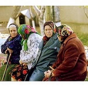 Северо-Восточный банк Сбербанка России поздравил магаданских пенсионеров