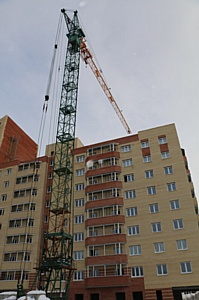 На ЖК «Зеленый квартал» холдинга «Аквилон-Инвест» завершается кладка стен последнего этажа