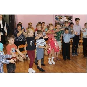 Воронежские активисты ОНФ поздравили воспитанников центра реабилитации