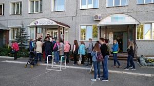Кировские активисты ОНФ взяли на контроль ситуацию с очередями за электронными проездными