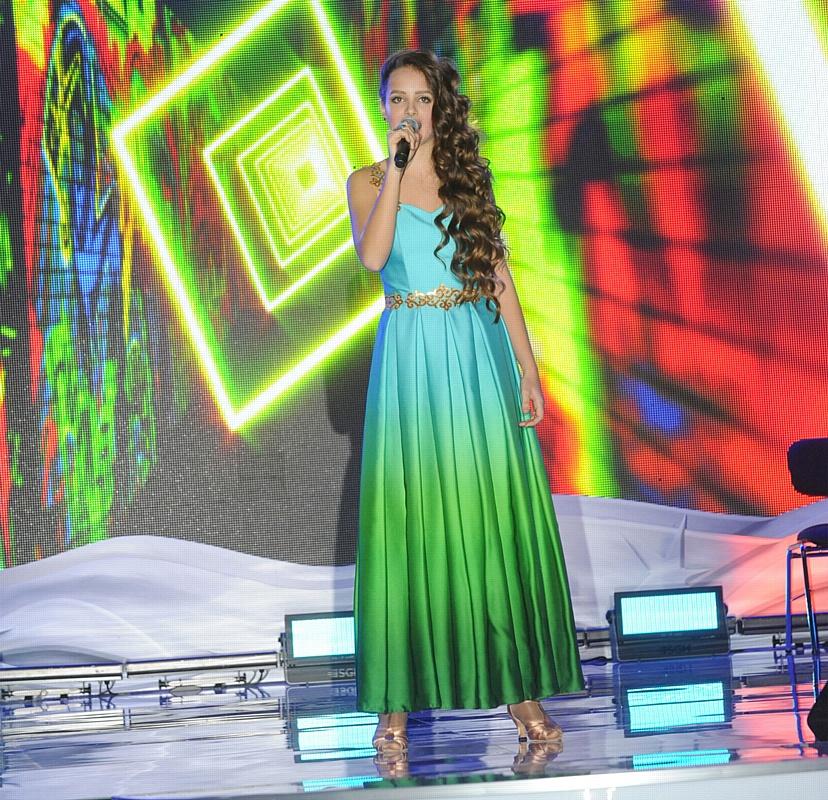 Юность и опыт: певица Анжелика Эланж выступила дуэтом с оперным певцом Леонидом Бахталиным в Кремле