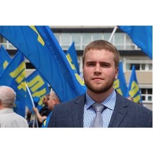 Депутат от ЛДПР Григорий Вихарев продолжает наводить порядок в Кировском районе Екатеринбурга