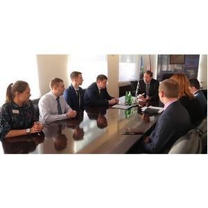 Александр Потапов встретился с молодежью и ветеранами Уралвагонзавода