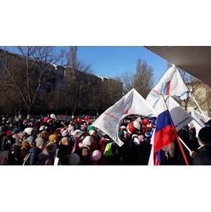 Активисты Народного фронта провели в Кизилюрте открытый урок по воссоединению России и Крыма