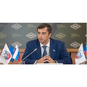 Владимир Гутенев положительно оценил результаты работы ОАК