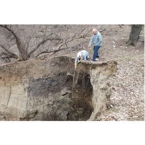 Эксперты ОНФ добились начала работ по устранению аварийной ситуации в Комсомольском парке Волгограда