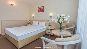 Ћегендарный отель рыма Ђялта-»нтуристї присоединилс¤ к системе Svoy Hotel
