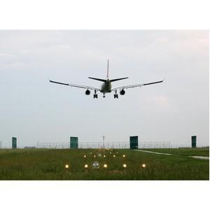 Параллельные панели помогут сократить время между посадками самолетов