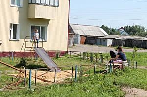 Активисты ОНФ в Мордовии проверили благоустройство дворов в Старошайговском районе
