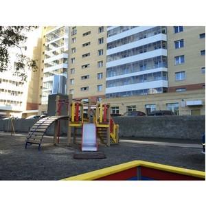 «Аквилон-Инвест» установил в Архангельске еще одну детскую площадку