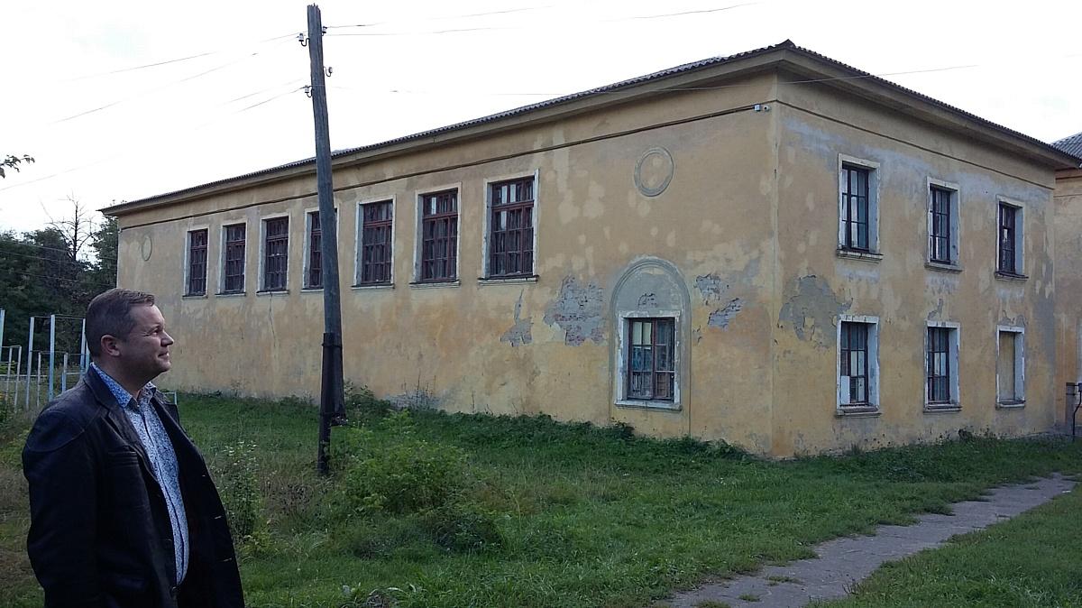 Воронежские активисты Народного фронта обеспокоены состоянием школы в Семилукском районе