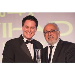 """Bulldozer Group получила премию Arabian Business 2014 в номинации """"Самая гостеприимная компания"""""""