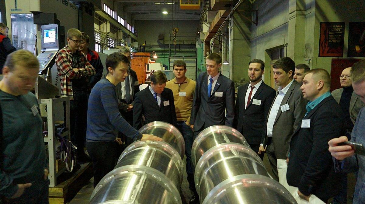 Региональный центр лазерных технологий принял у себя бизнес-миссию из двенадцати регионов России