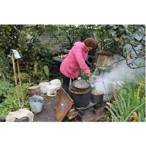 Жителям пригорода Кирова, которые вынуждены готовить на костре, подключили газ