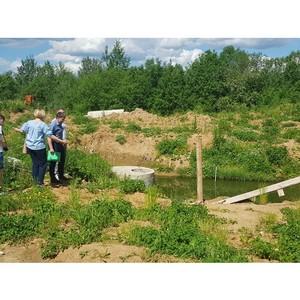 Команда «Молодежки ОНФ» в Коми выявила опасные дворовые территории на улице Панева в Сыктывкаре