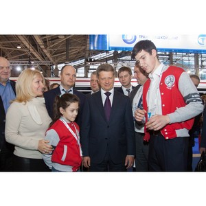 Фестиваль «От винта!» на выставке «ЭкспоСитиТранс-2016» посетил Министр транспорта РФ М. Соколов