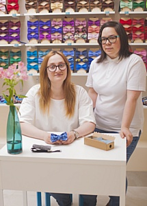 Первому магазину галстуков-бабочек в Санкт-Петербурге 3 года