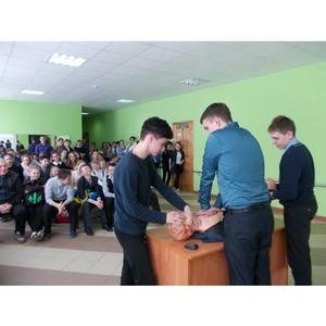 Сотрудники Тамбовэнерго провели урок электробезопасности в Новоникольской школе Мичуринского района