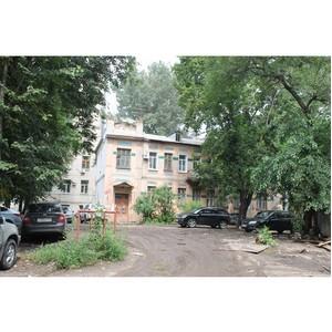 Активисты ОНФ добились демонтажа строений, мешавших благоустройству двора
