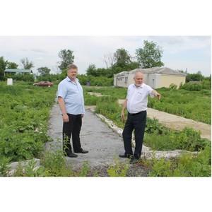 Активисты ОНФ оценили работу сельской администрации в Нижнедевицком районе