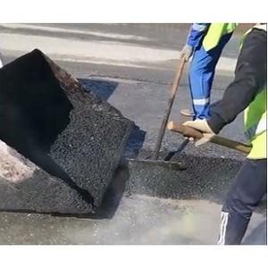 Активисты Народного фронта раскритиковали ямочный ремонт дорог Салехарда