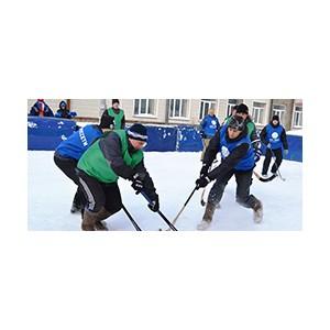 Буллиты от кузбасских энергетиков: суперигра в финале турнира по хоккею в валенках