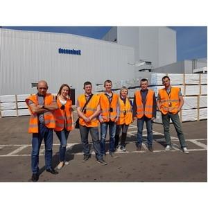 Дилеры компании «Интерстрой» посетили завод Deceuninck в Протвино
