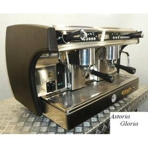 Как выбрать кофемашину для кофейни и для дома?