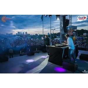 В День города Новосибирска Аура подарила зрителям концерт DJ Леонида Руденко