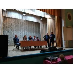 ОНФ помогли жителям поселка Стрелица решить проблему двойных платежей за услуги ЖКХ