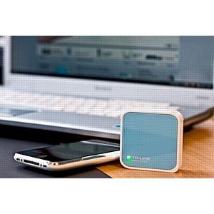 Мобильный роутер TP-LINK TL-WR702N: Wi-Fi на ладони