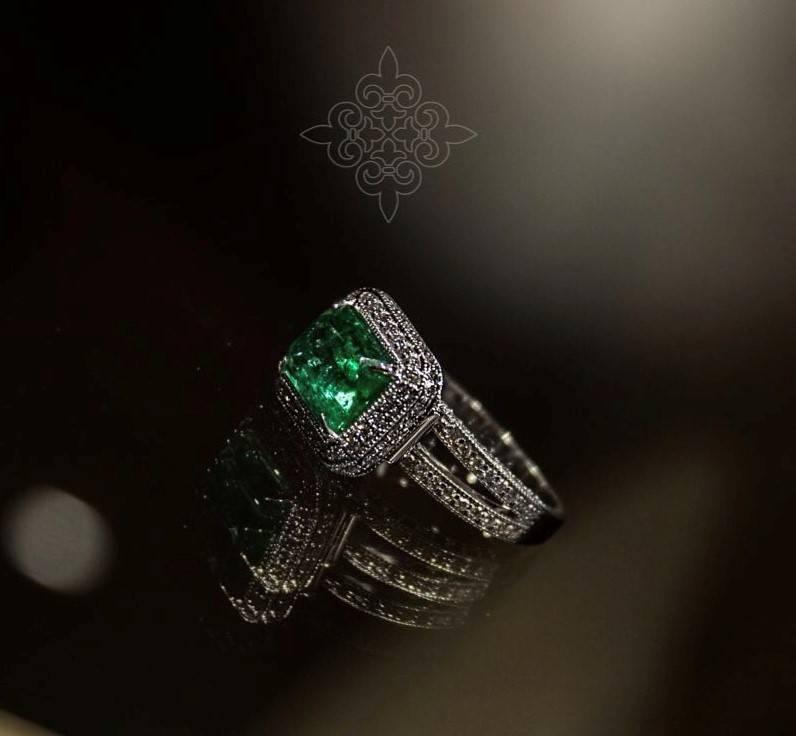 Luxury драгоценности с изумрудами от Empire G. Royal jewelry house для тех, кто родился в мае месяце