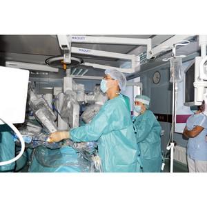 В МСЧ «Нефтяник» - первая в Тюменской области операция при помощи медицинского робота da Vinci Si