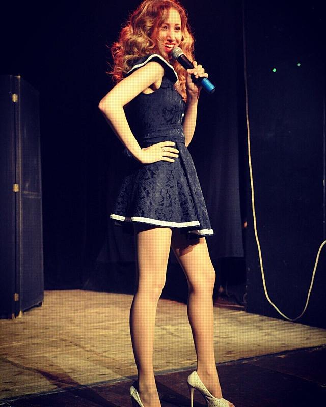 Певица Keri представляет дебютную песню «Мишень».