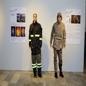 Спецодежда как элемент моды. В Москве открылось Биеннале инновационного текстиля