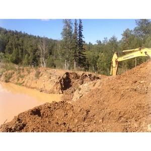 ОНФ в Хакасии взял на контроль загрязнение таежной реки отходами золотодобывающих производств