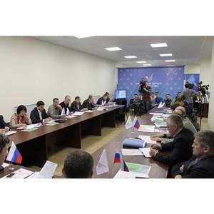 Активисты ОНФ обсудили доступность лыжных трасс в городском бору Челябинска для учащихся спортшкол